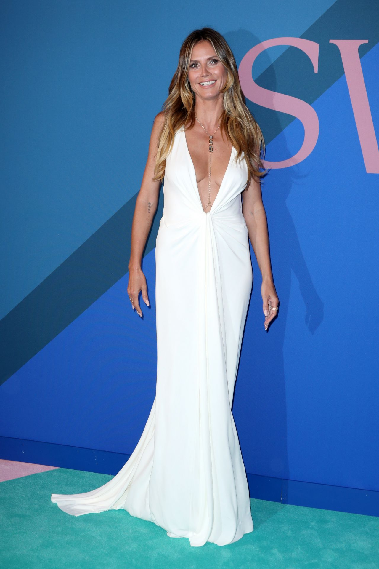 favorite looks from the cfda fashion awards