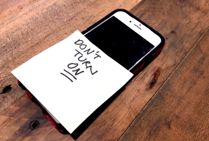 do a phone detox